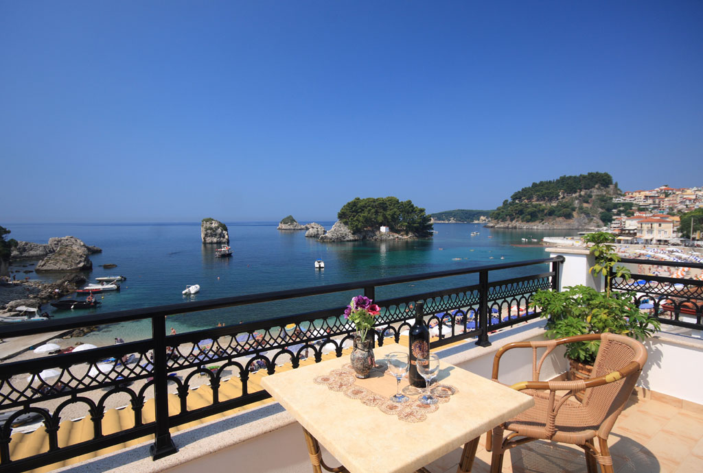 Parga Greece Find Where To Stay And To Go